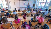 Schüler und Lehrer in einem Raum - kann das gut gehen?