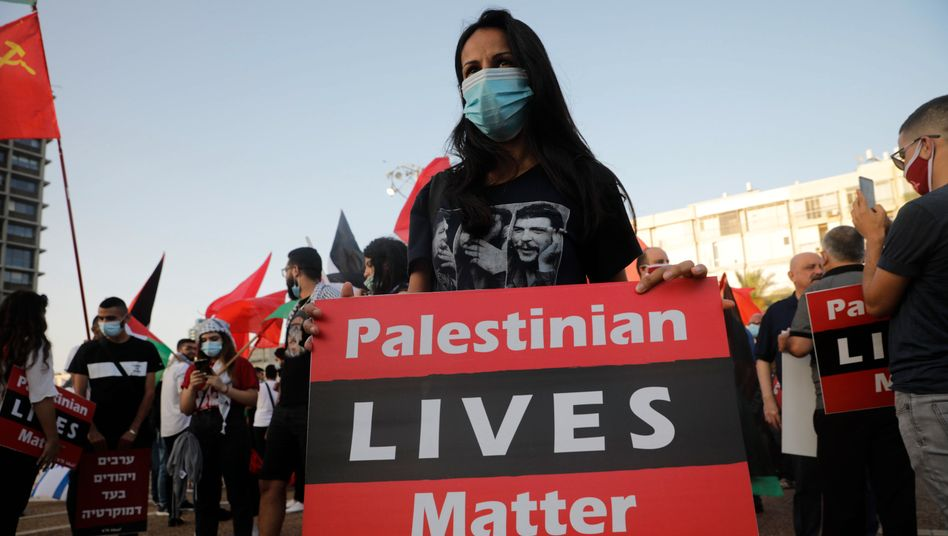 A demonstration in Tel Aviv for Palestinian rights
