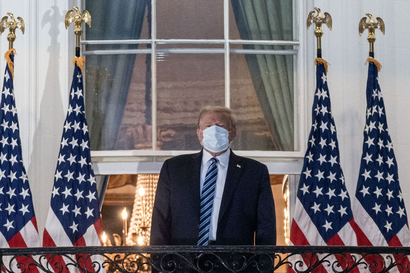 Trump returns to the White House after COVID hospital treatment, Washington, USA - 05 Oct 2020