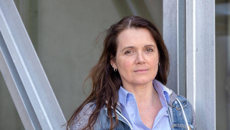 """""""taz""""-Chefin Barbara Junge hält Horst Seehofer vor, er müsse als Innenminister die Pressefreiheit verteidigen"""