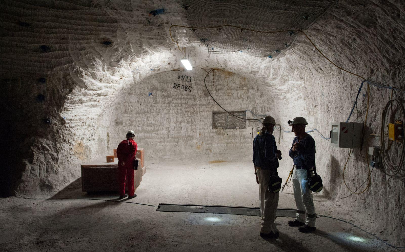 Letzte Besuchertour im Erkundungsbergwerk