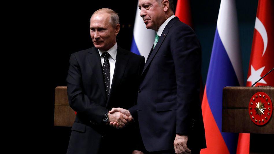 Wladimir Putin und Recep Tayyip Erdogan (Archiv)