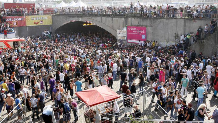 Chronologie: Vom Loveparade-Unglück zum Prozess