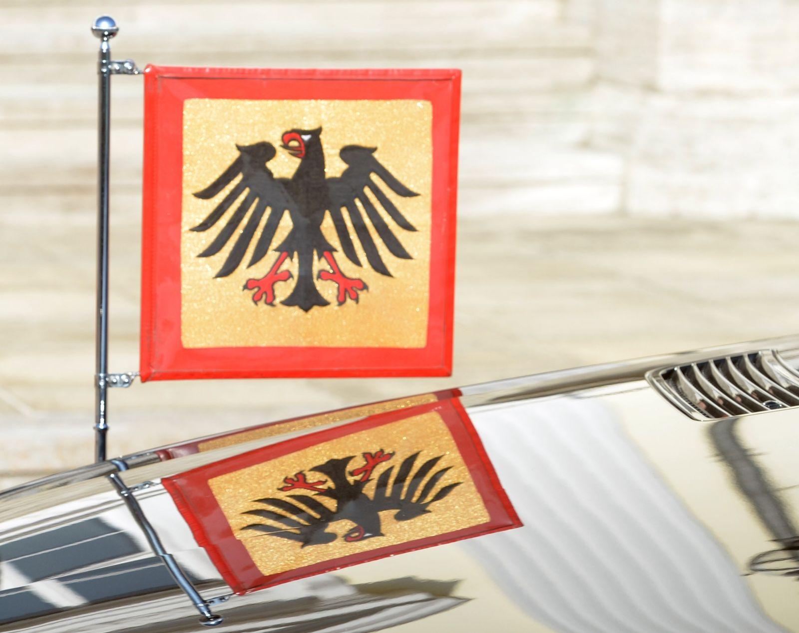 Bundespräsident/ Auto/ Standarte
