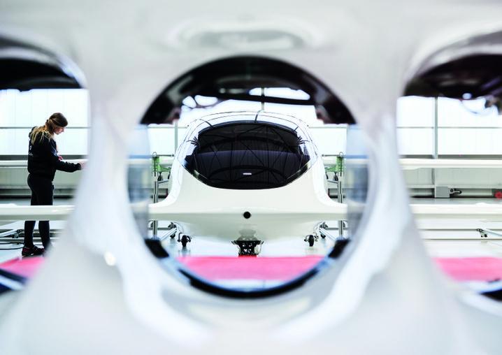 """Herstellung des """"Lilum Jets"""": Im November vergangenen Jahres hat das Unternehmen eine erste Produktionshalle in Bayern fertiggestellt, eine weitere soll folgen."""