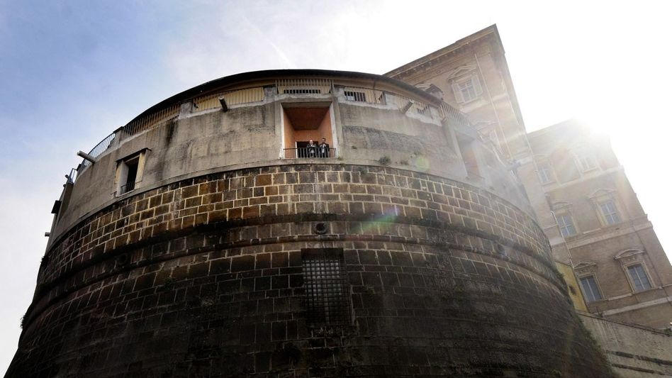 Vatikanbank im Turm Niccolò V