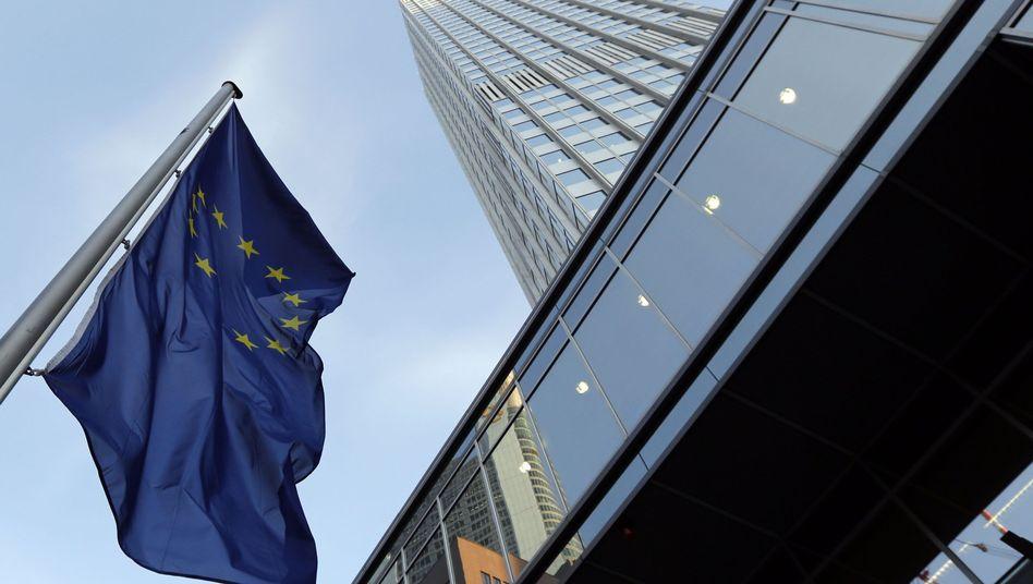 EZB-Zentrale in Frankfurt am Main: Streit über Bankenaufsicht