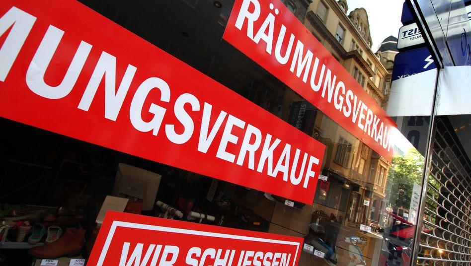 Geschädigte Geschäfte: Dieser Laden macht dicht