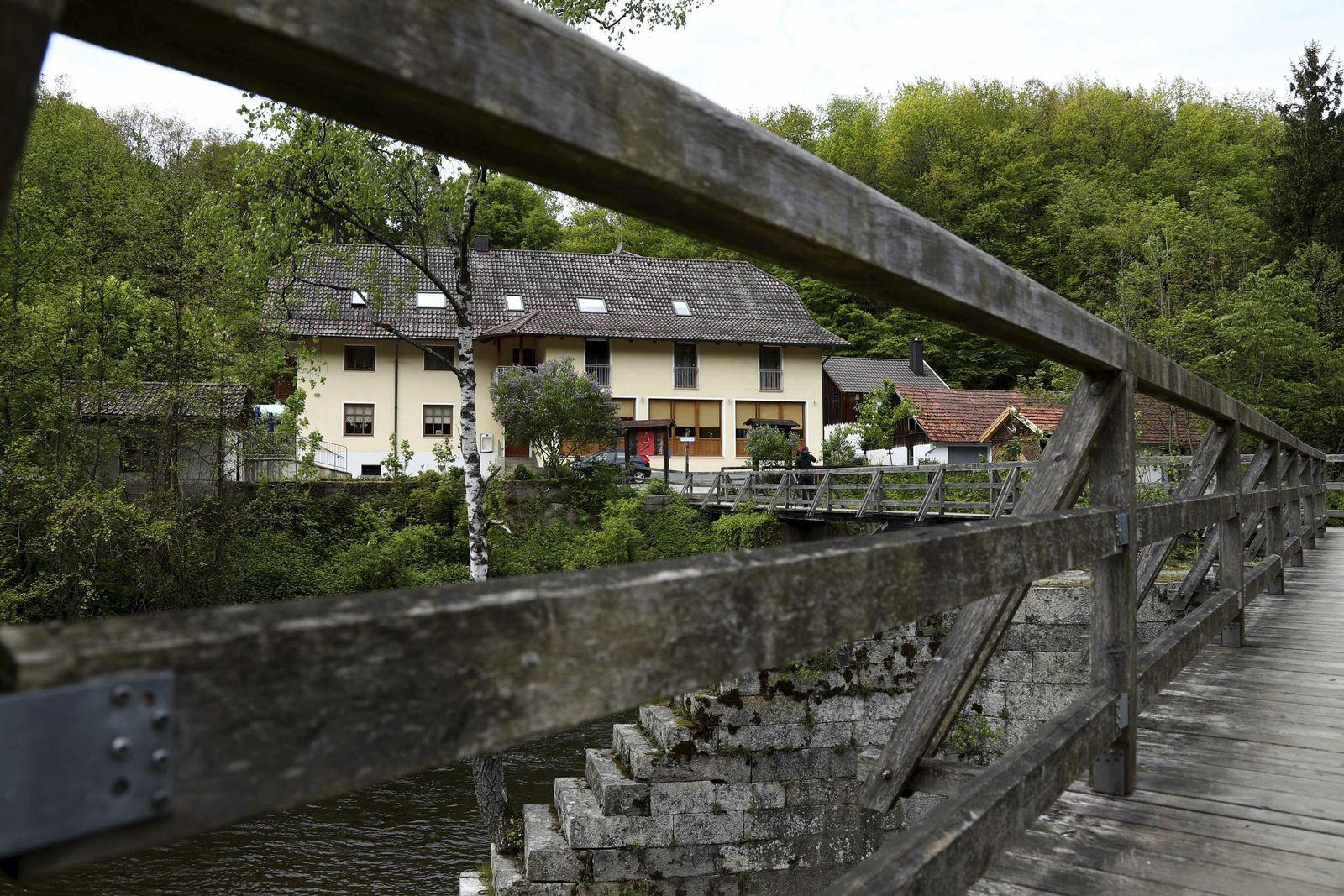 Tötungen mit Armbrust in Passau
