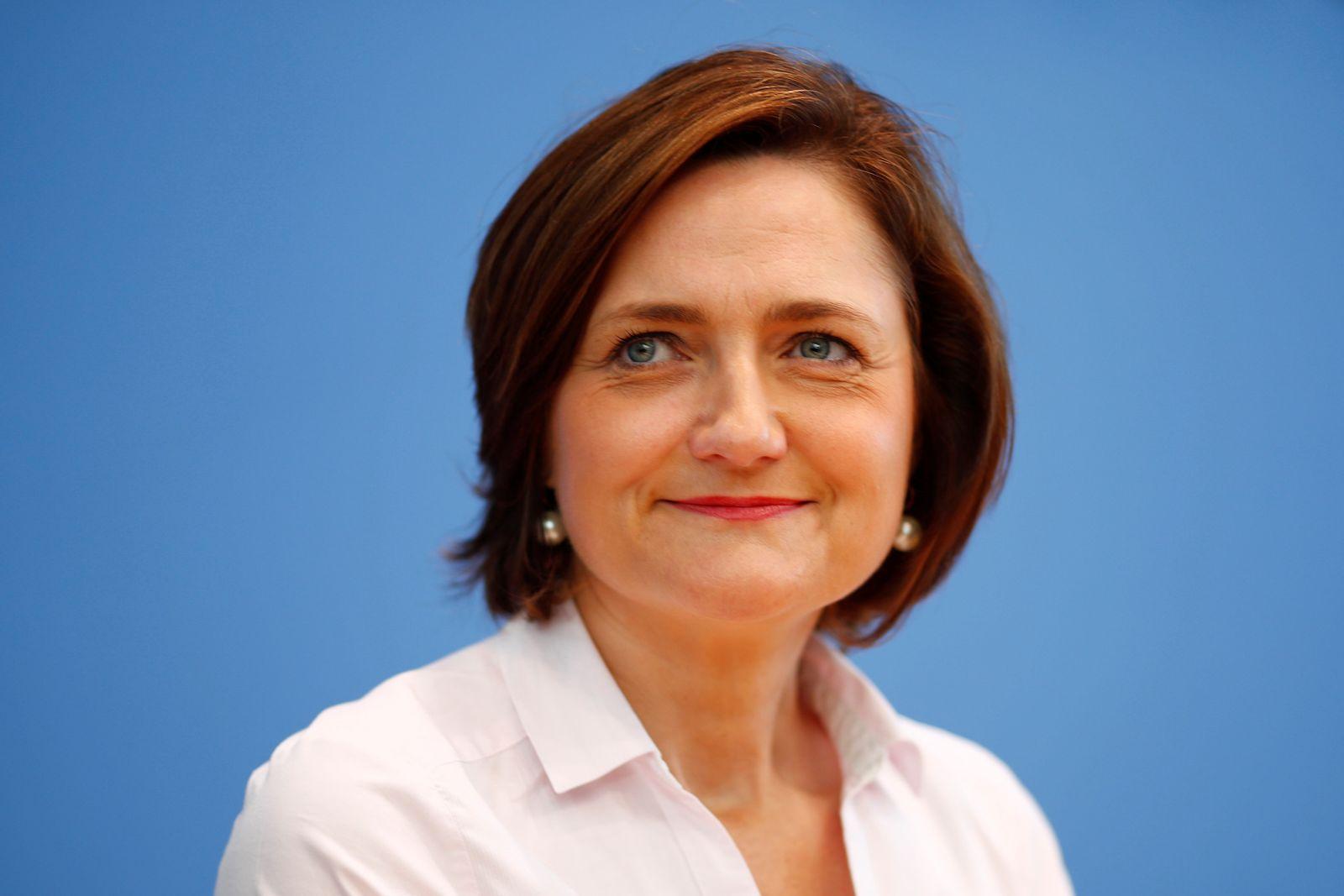 Aufstehen/ Simone Lange