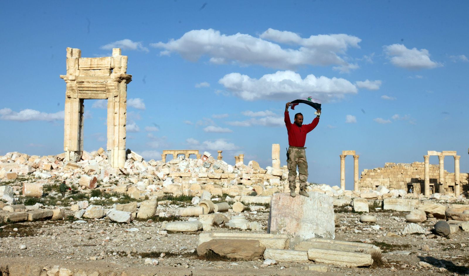 Syrian soldiers inside the historical city of Palmyra