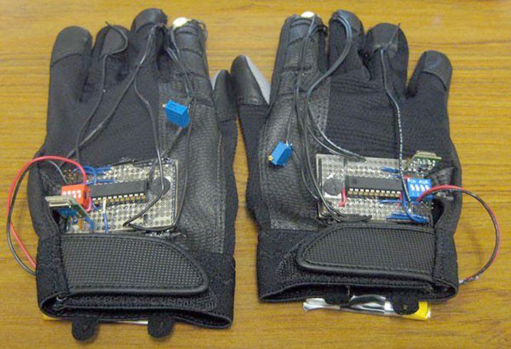 """Glove Mouse Project: Handschuhfuchteleien wie in """"Minority Report"""""""