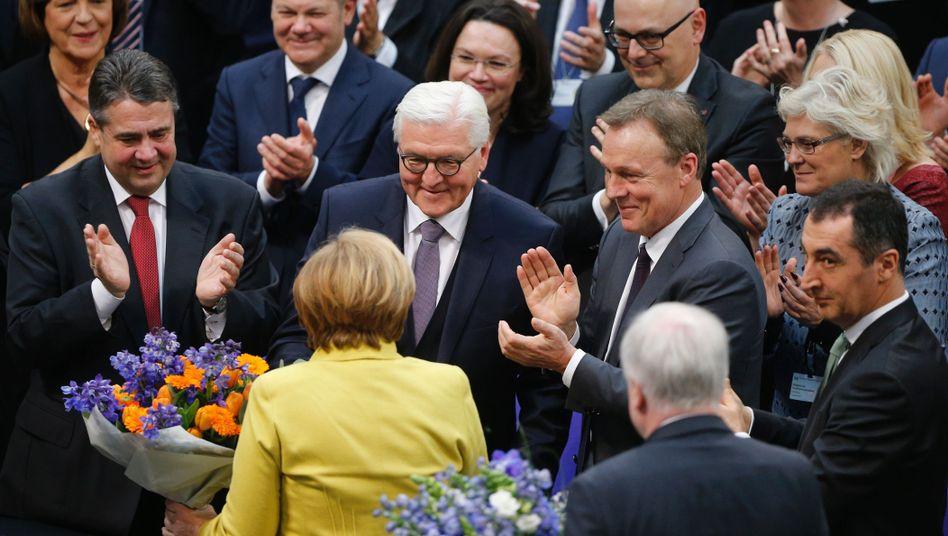 Merkel gratuliert Steinmeier