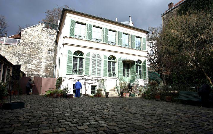 Musée de la Vie romantique: Quiches unter Bäumen