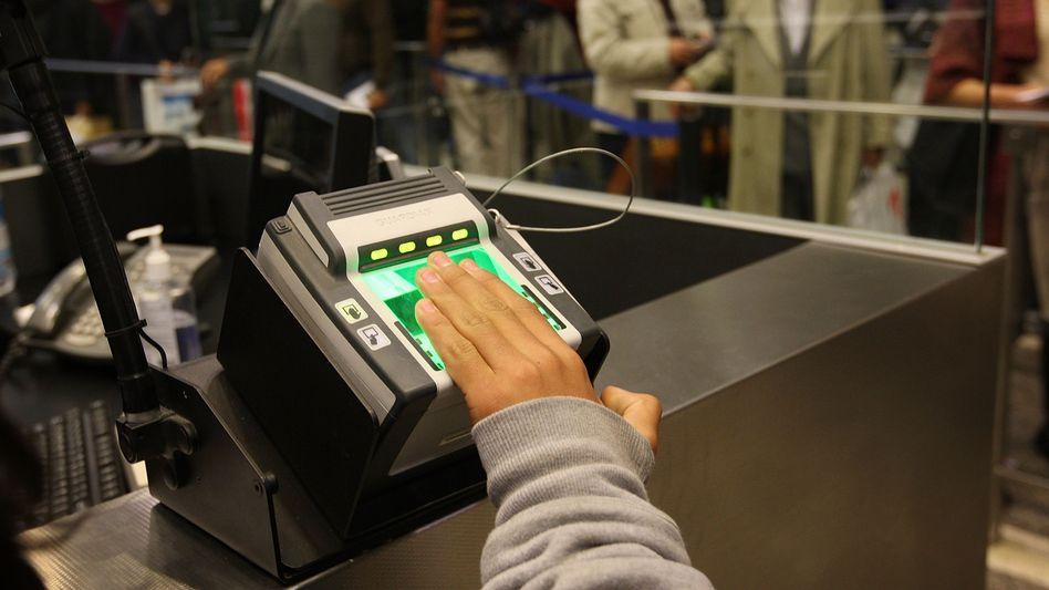 Fingerabdruck-Scanner: Vollautomatisierte Kontrolle an den EU-Außengrenzen