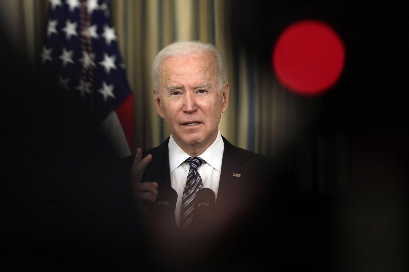 USA, Joe Biden Rede zur Umsetzung des amerikanischen Rettungsplans im Weißen Haus U.S. President Joe Biden delivers rem