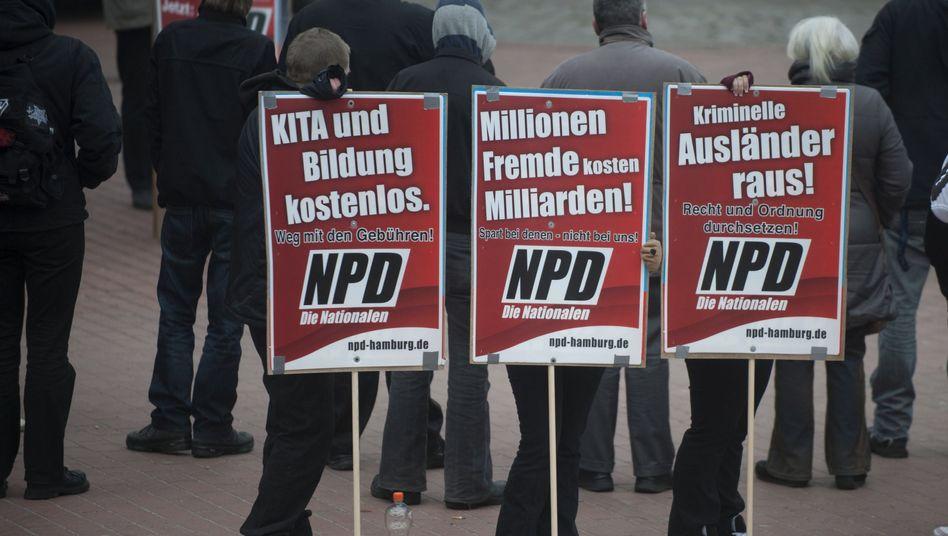 NPD-Kundgebung in Hamburg: Eine Partei am Anschlag