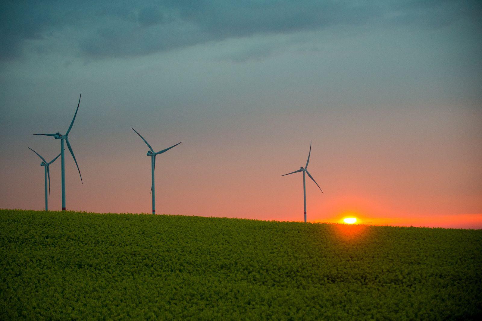 Windenergie / Windräder / Erneuerbare Energien