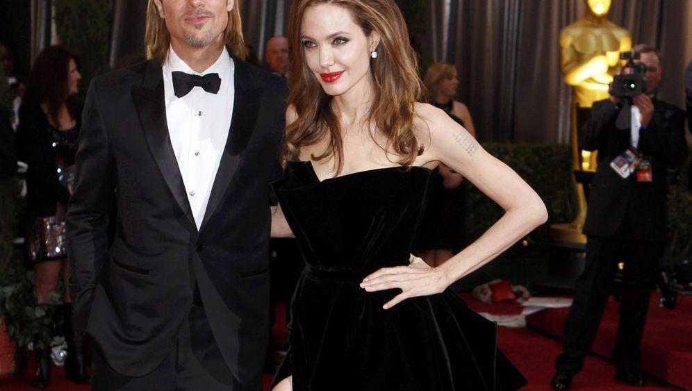 Oscars 2012: Das Bein der Angelina Jolie
