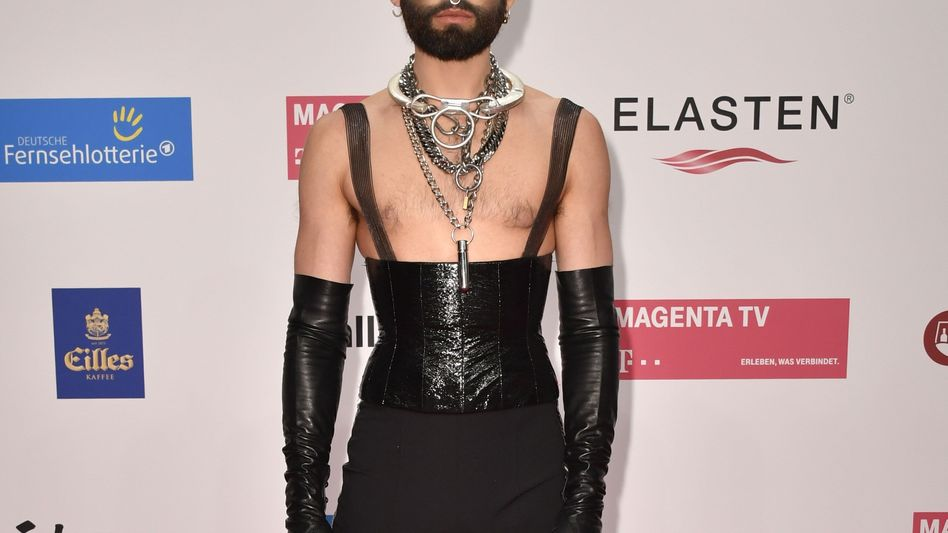 Conchita Wurst verteidigt seine Mitjurorin Heidi Klum: Sie habe eine absolute Berechtigung, eine Performance zu beurteilen - auch wenn sie nicht aus der Szene komme