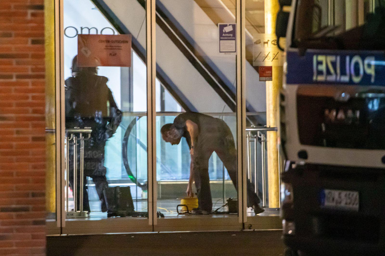 Verdächtiger Gegenstand - Einsatz in Duisburger Einkaufszentrum