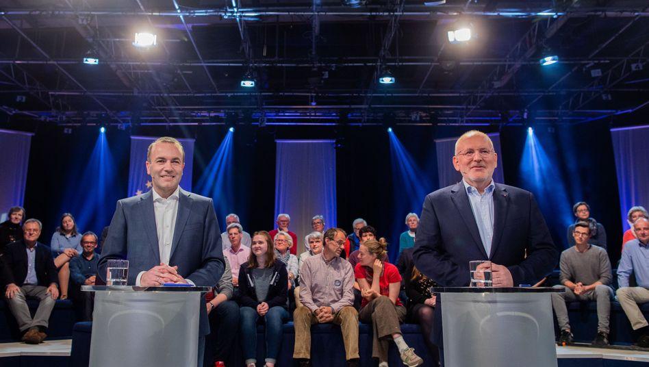 In einer Fernsehdebatte in der ARD standen sich Manfred Weber (links) und Frans Timmermans gegenüber.