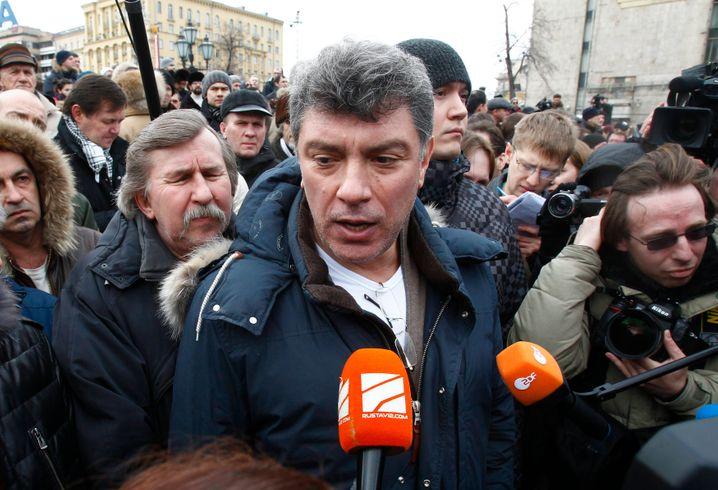 Proteste in Moskau 2012: Kreml-Kritiker Boris Nemzow