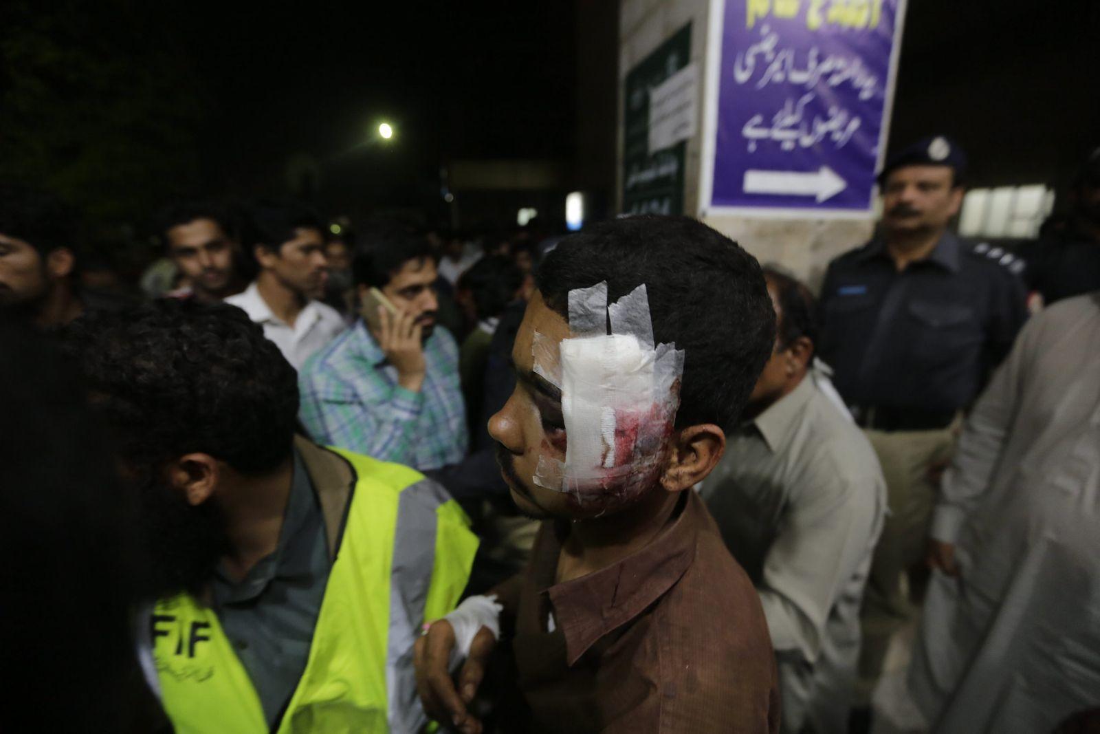 Explosion Lahore Pakistan