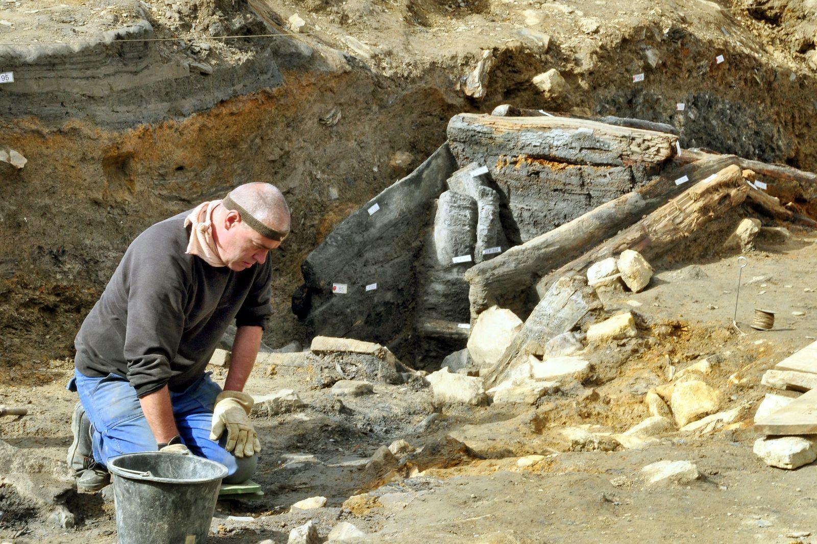 Archäologen entdecken 700 Jahre alten Stollen
