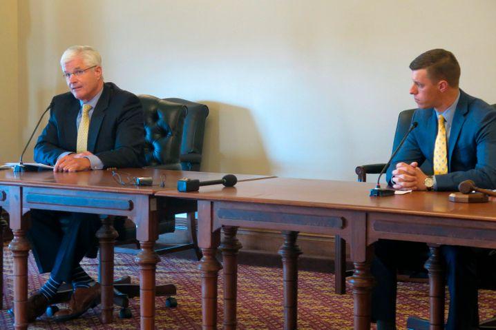 Mike Shirkey und Lee Chatfield bei einer Pressekonferenz zur Corona-Pandemie (Archivbild)