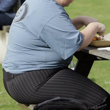 Übergewicht: Zu viele Kalorien, zu wenig Wissen über Ernährung