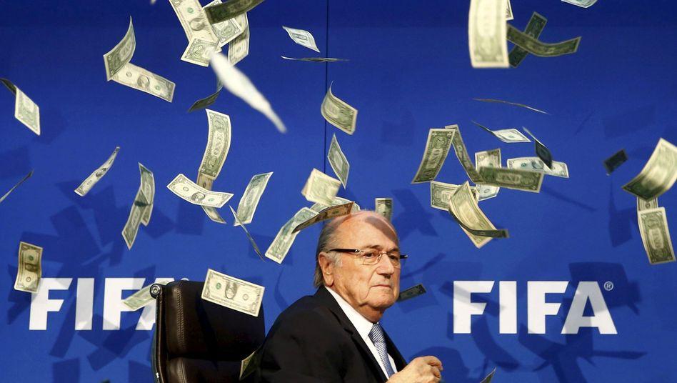 """Suspendierter Fifa-Präsident Blatter: """"Eine Demütigung"""""""