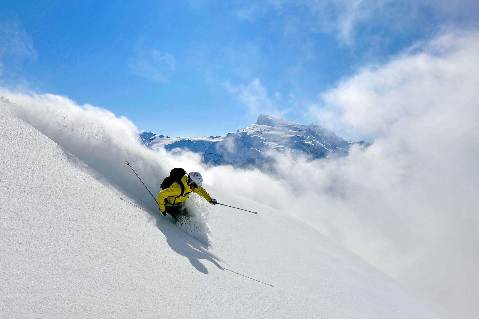 EINMALIGE VERWENDUNG Ski Openings 2013/ Titlisgletscher