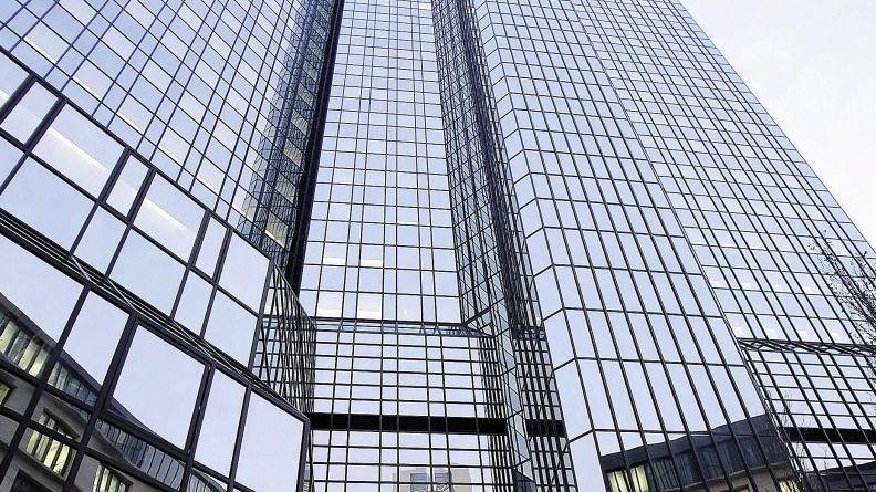 Zentrale der Deutschen Bank: Entsetzen in der Belegschaft