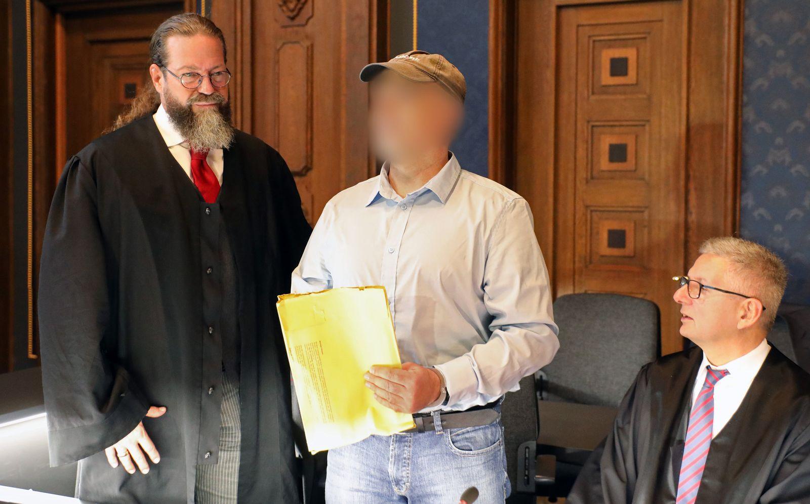 Prepper-Prozess gegen einen Polizisten
