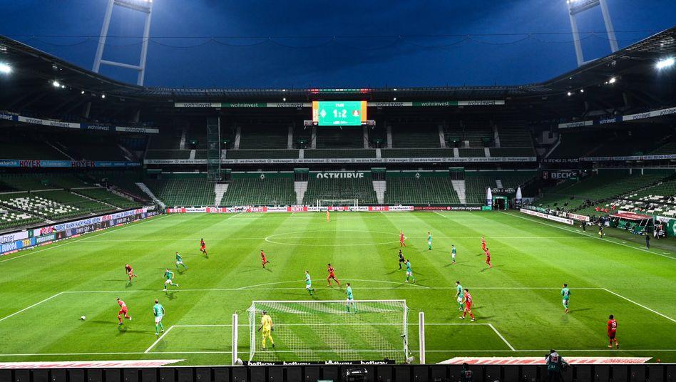 Fast leeres Bremer Weserstadion