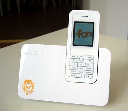 Skype-Telefon: Verbindet sich mit jedem FON-Hotspot