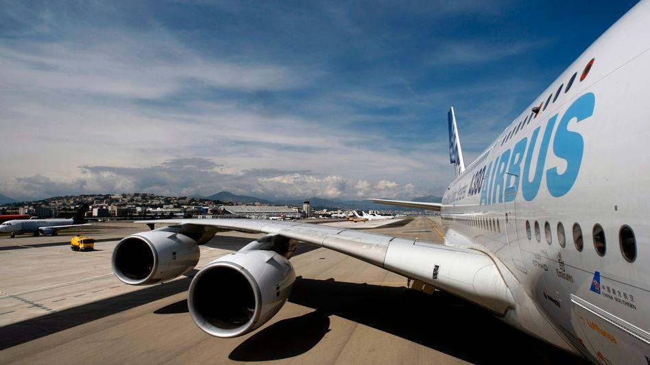 Flügel eines A380: Noch enthalten neue Flugzeuge die fehlerhaften Bauteile
