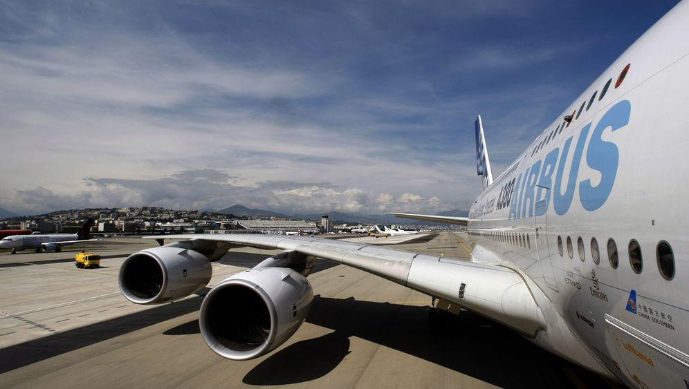 A380: Riesenvogel wird kritisch beäugt