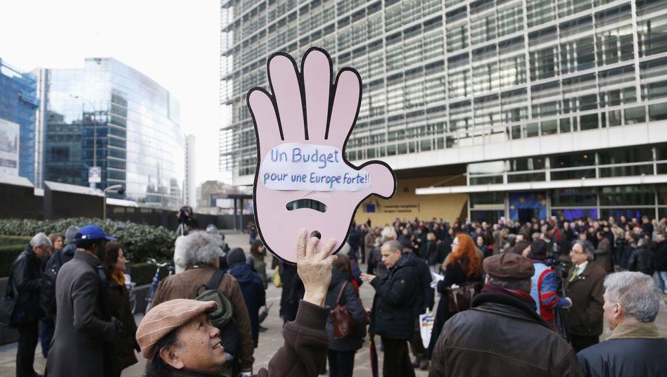 Demonstration gegen Kürzungen in der EU-Verwaltung (5. Februar): Klicken für Brüssel