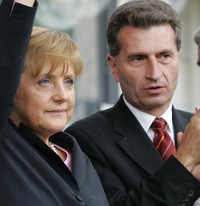 """Oettinger mit Merkel im Wahlkampf: """"Kompetente Persönlichkeiten"""""""