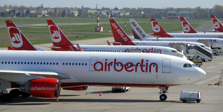 Air-Berlin-Flugzeuge in Berlin-Tegel: Flugleistung soll nur um vier Prozent sinken