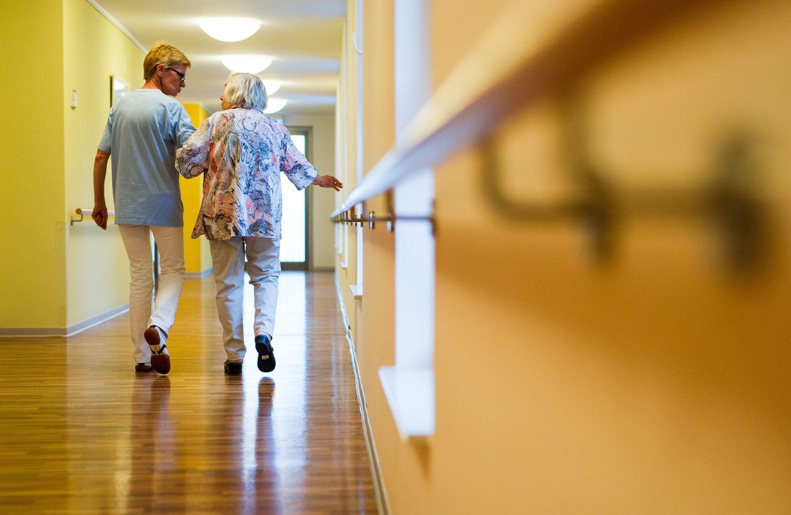 Pflegeheim/ Pflegekraft