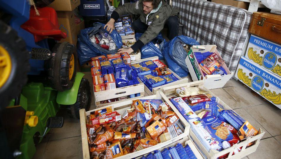 Aus dem Müll gefischt: Diese Kekspackungen hatte ein Supermarkt weggeworfen