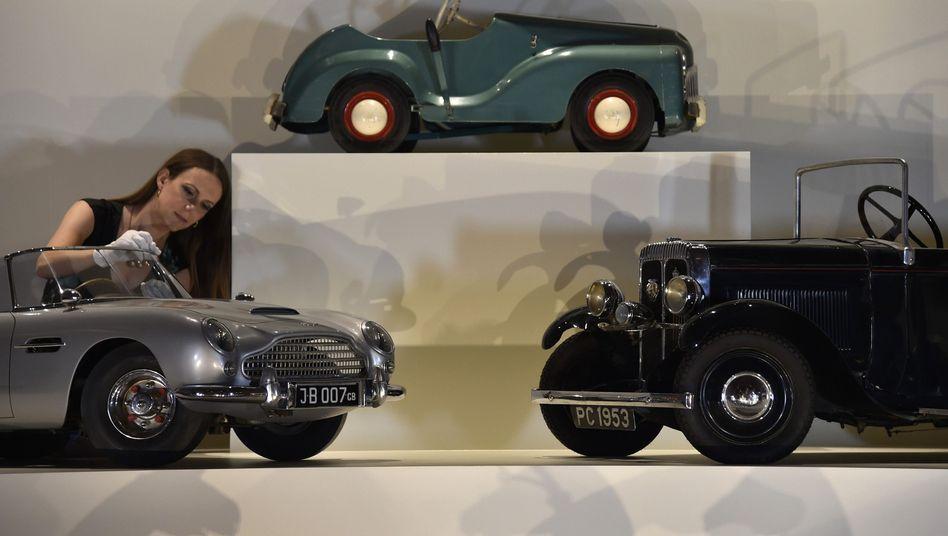 """Aston-Martins für den Nachwuchs: """"Herr Stroll weiß offensichtlich viel über Luxus"""""""
