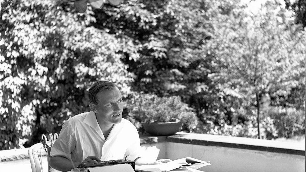 SPIEGEL-Gründer: Wie Augstein zufällig Journalist wurde