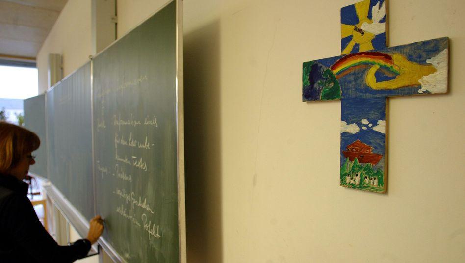 Religiöse Symbole im Klassenzimmer: Richter erlauben Kreuz in Schulen