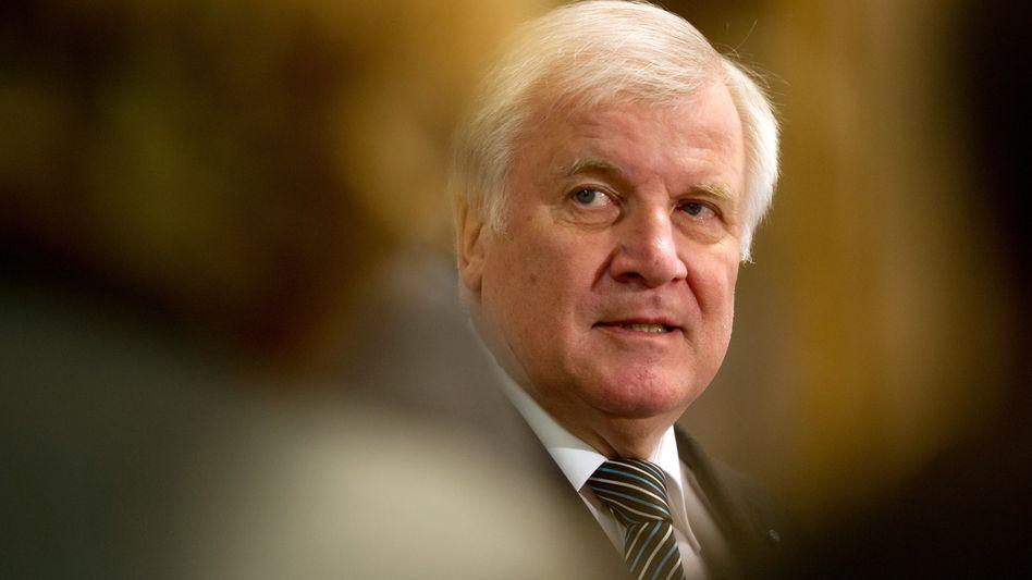 CSU-Politiker Seehofer: Wenn schon Notwehr, dann gegen Demagogen
