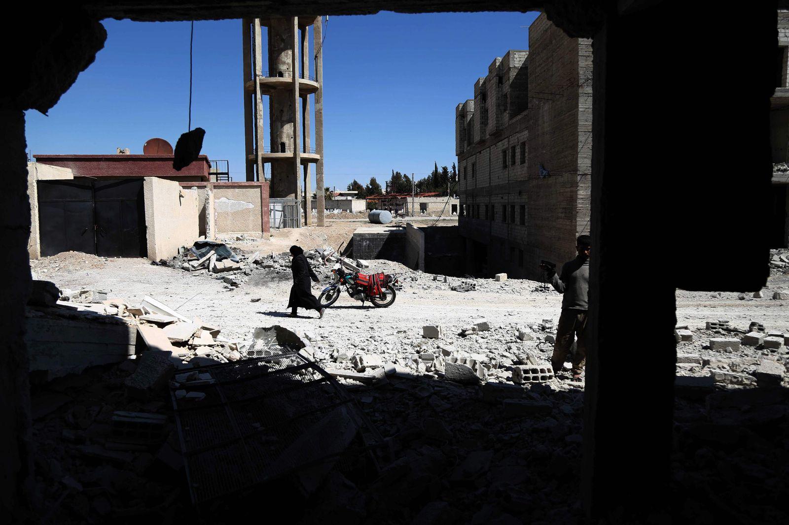 Syrien, Luftangriffe auf Zivilisten in Assafir