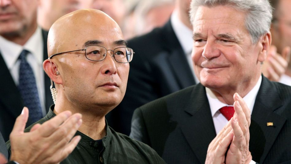Liao Yiwu bei der Preisverleihung: Gefoltert und bedroht vom Regime